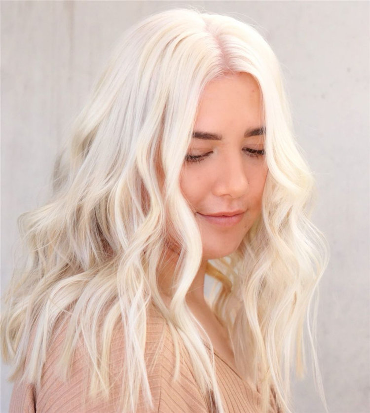 Platinum Blonde Hairstyle Ideas to Look Gorgeous 15