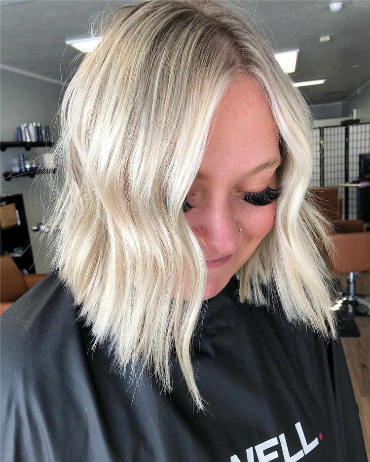 Platinum Blonde Hairstyle Ideas to Look Gorgeous 18