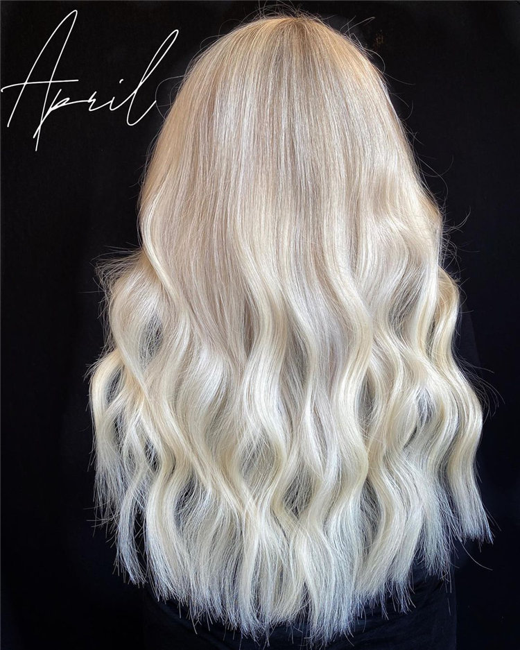 Platinum Blonde Hairstyle Ideas to Look Gorgeous 31