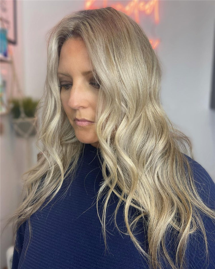 Platinum Blonde Hairstyle Ideas to Look Gorgeous 32