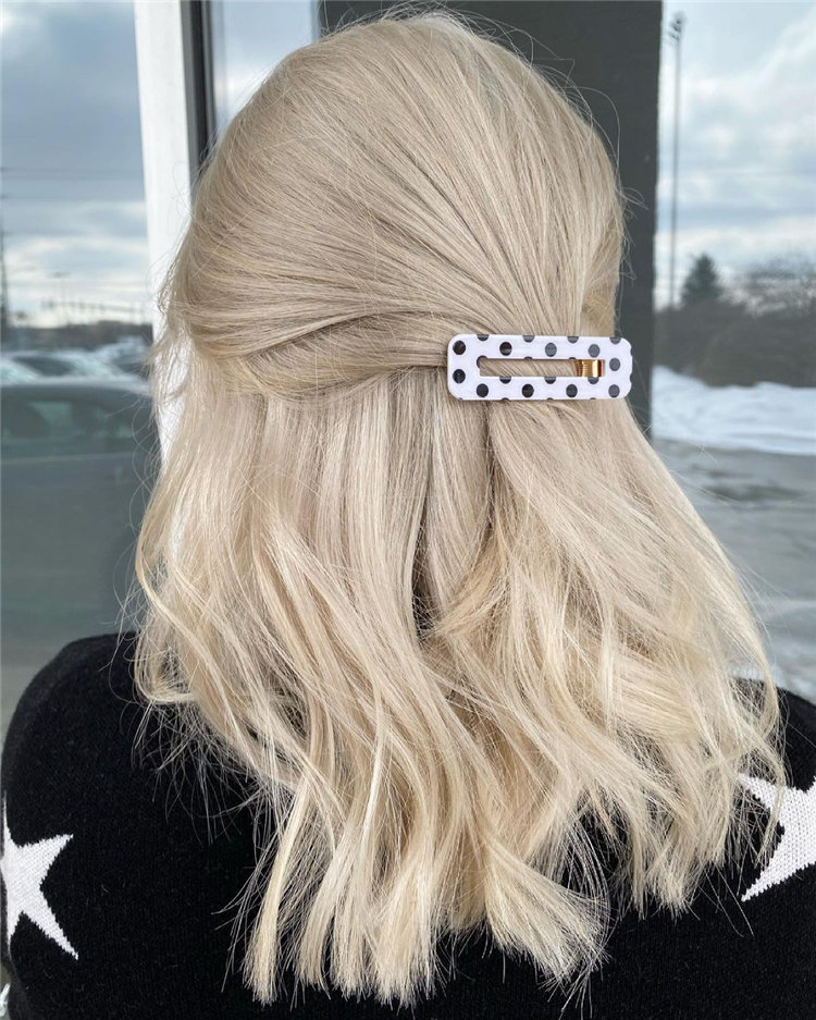 Platinum Blonde Hairstyle Ideas to Look Gorgeous 33