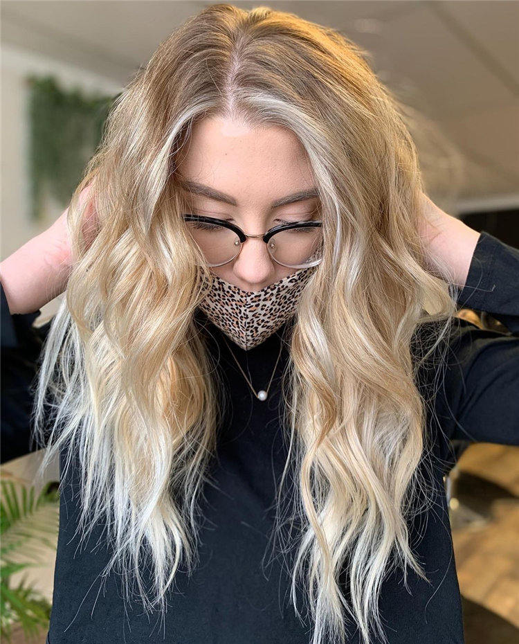 Platinum Blonde Hairstyle Ideas to Look Gorgeous 38