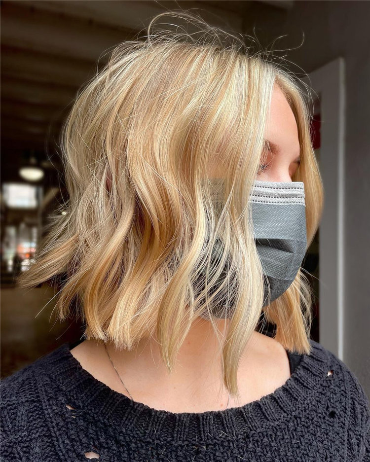 Platinum Blonde Hairstyle Ideas to Look Gorgeous 40