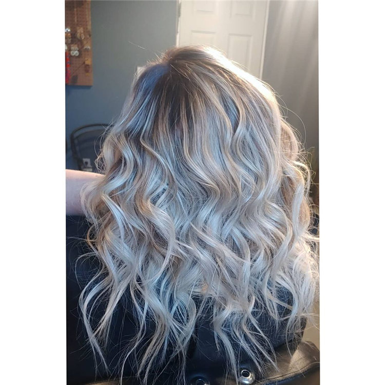 Platinum Blonde Hairstyle Ideas to Look Gorgeous 41