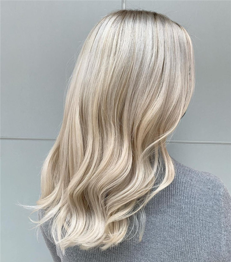 Platinum Blonde Hairstyle Ideas to Look Gorgeous 42