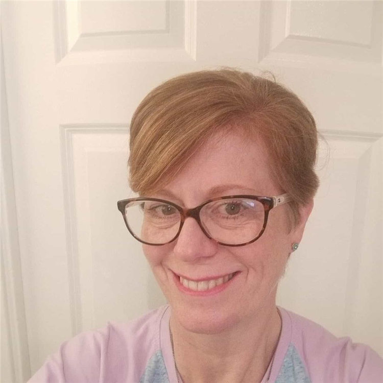 Short Hairstyle with Glasses