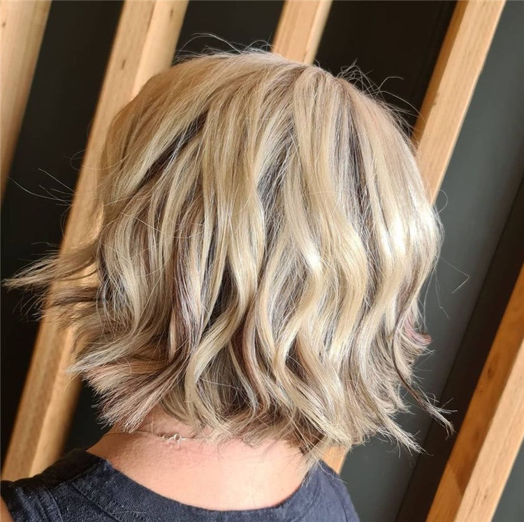 Incredible Short Hairstyles for Women 2021 06