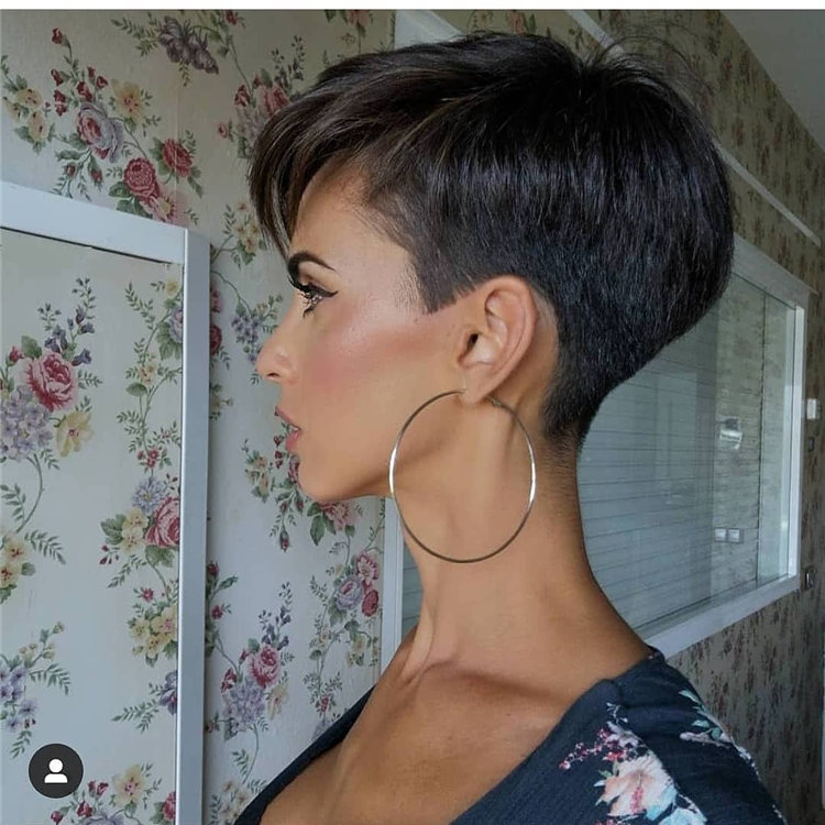 Incredible Short Hairstyles for Women 2021 22