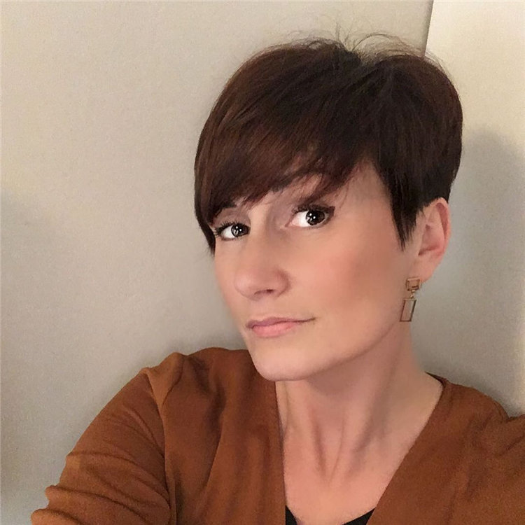 Incredible Short Hairstyles for Women 2021 48