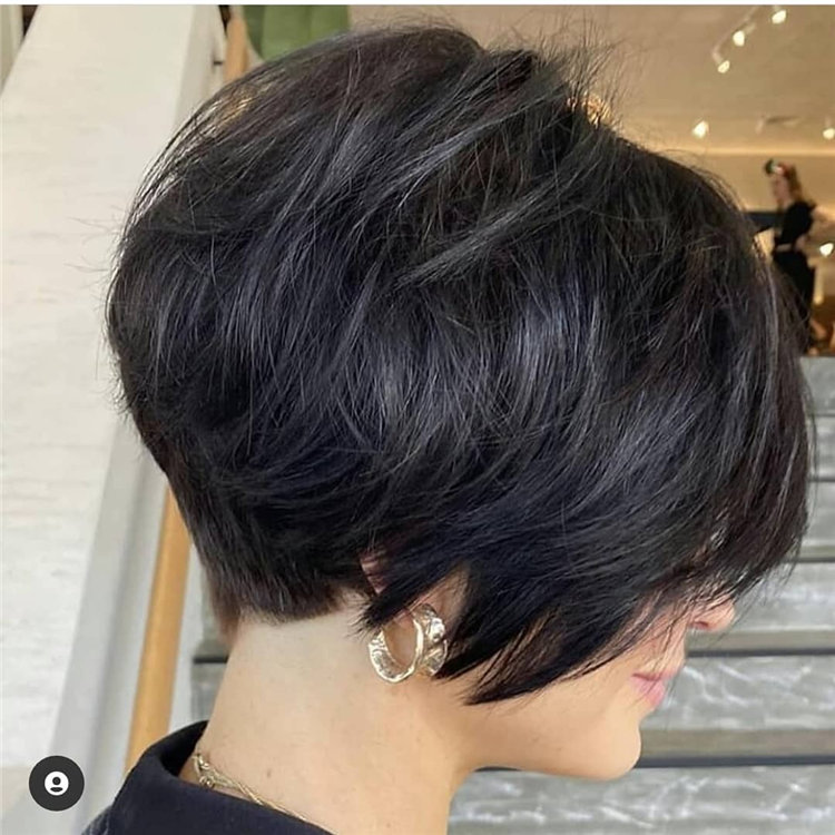 Incredible Short Hairstyles for Women 2021 73