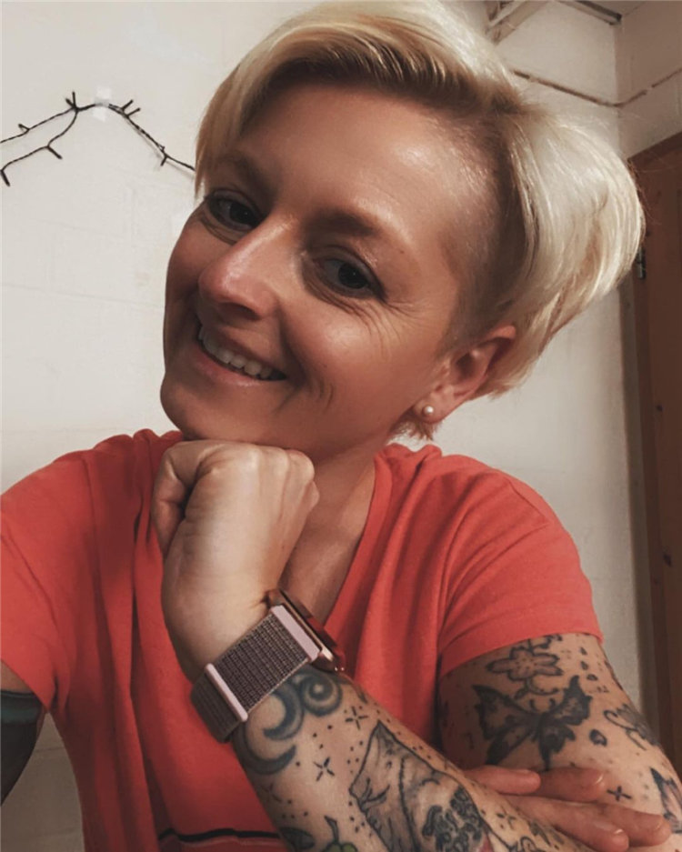 Incredible Short Hairstyles for Women 2021 98