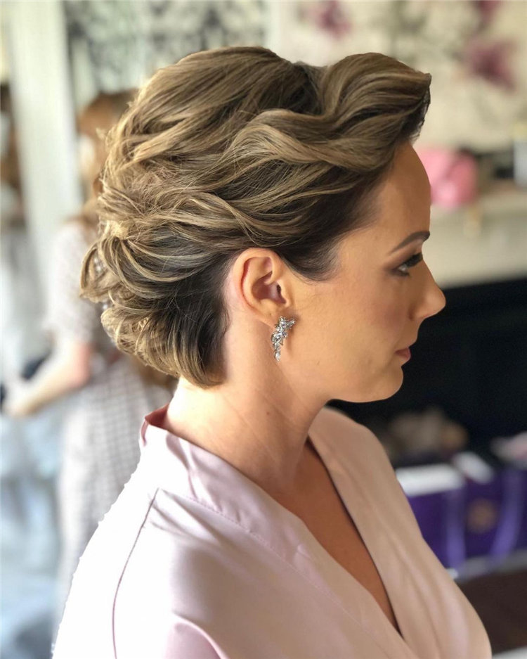 Short Wedding Hairstyles for Big Day 01
