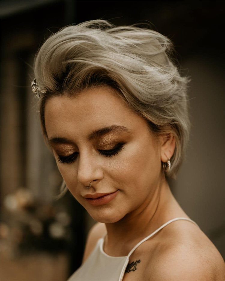 Short Wedding Hairstyles for Big Day 02