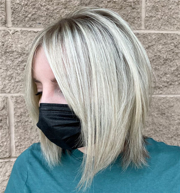 Blonde Bob with Highlights 1