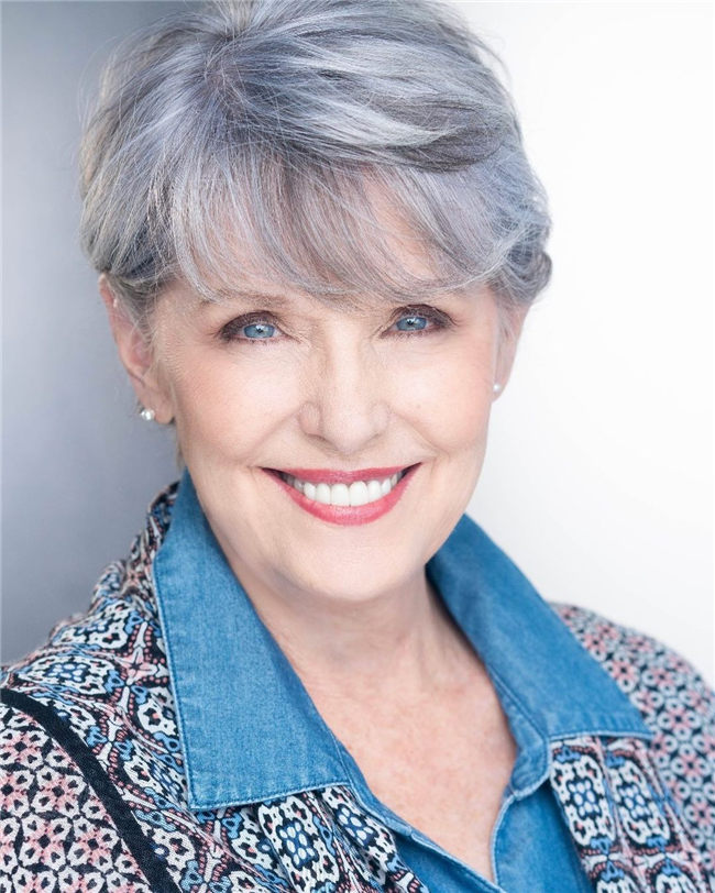 Over 60 Style Silver Hair